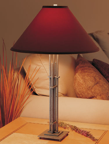 hubbardton-forge-table-lamps-offer-the-perfect-beauty-to-your-room